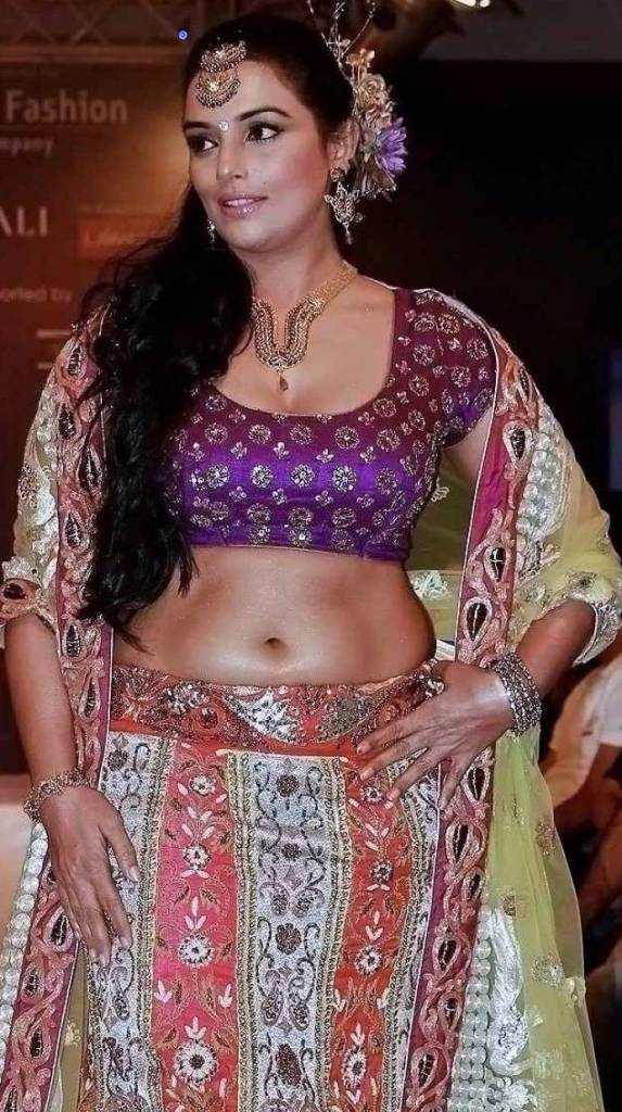 25+ Beautiful Photos of Swetha Menon 9
