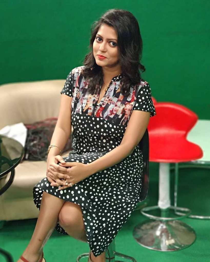 38+ Stunning Photos of Triya Das 29