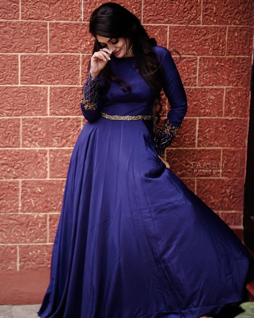 76+ Gorgeous Photos of Veena Nandakumar 72