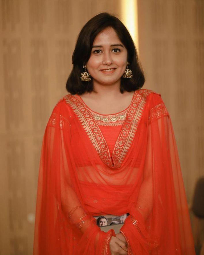64+ Cute Photos of Haritha Parokod 52