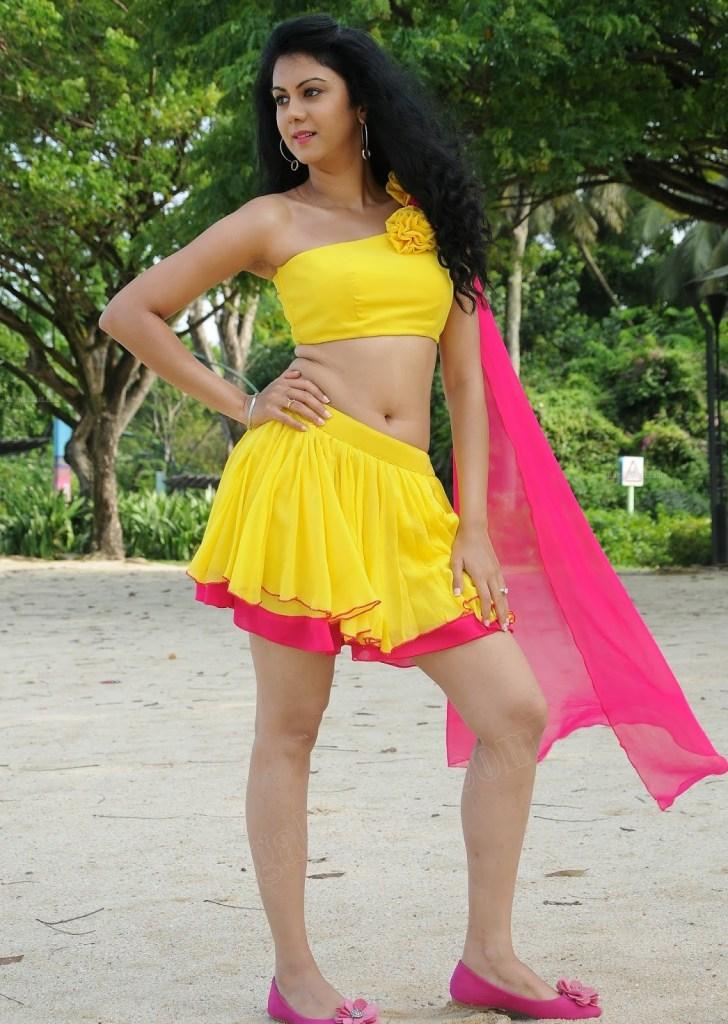 44+ Beautiful photos of Kamna Jethmalani 107