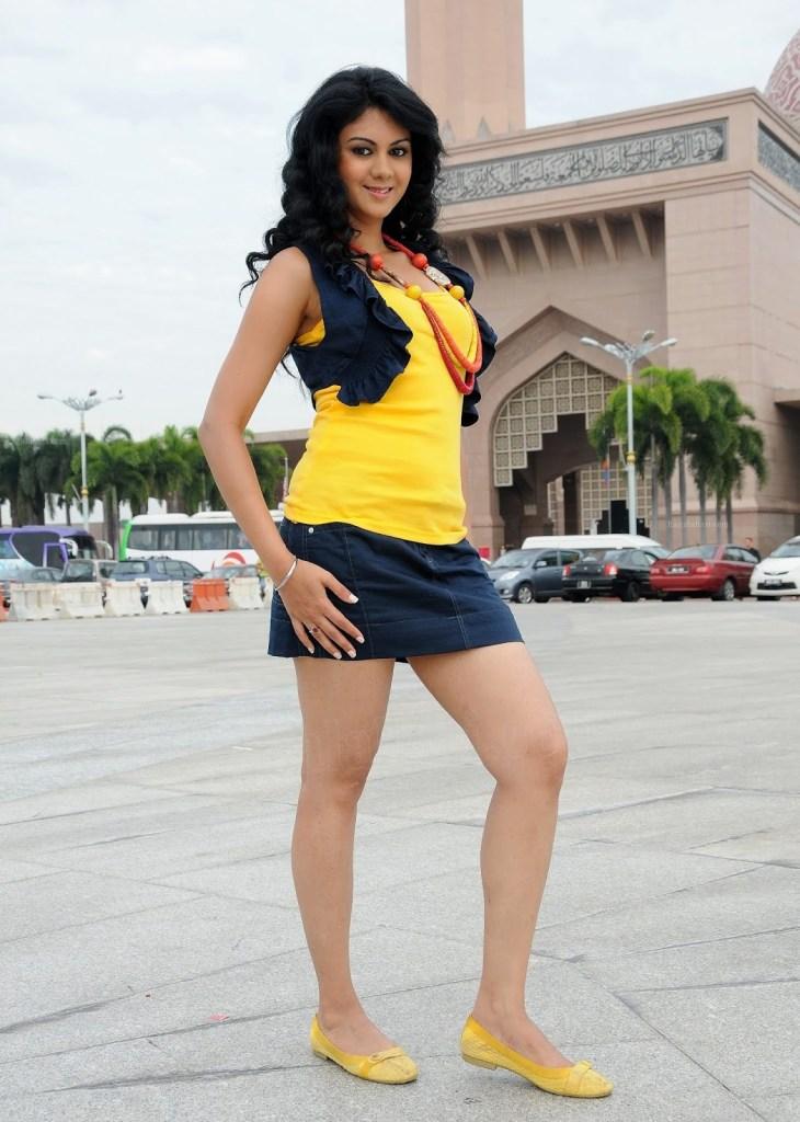 44+ Beautiful photos of Kamna Jethmalani 39