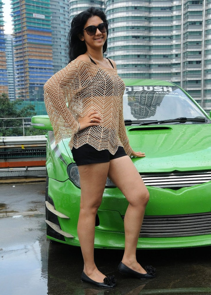44+ Beautiful photos of Kamna Jethmalani 43