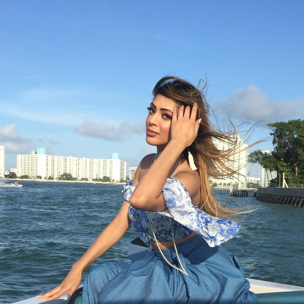 39+ Gorgeous Photos of Parvathi Melton 13