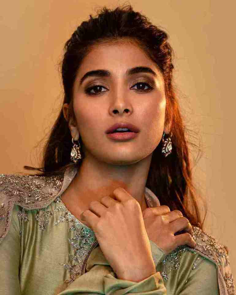 129+ Gorgeous Photos of Pooja Hegde 212