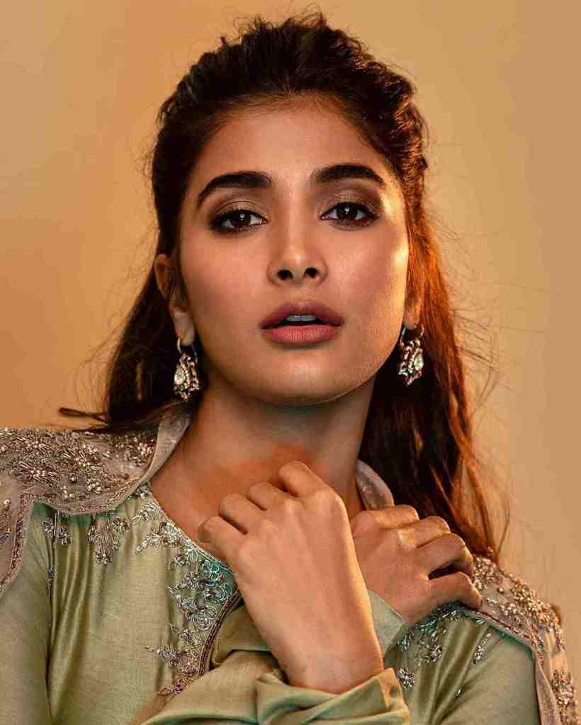 129+ Gorgeous Photos of Pooja Hegde 129