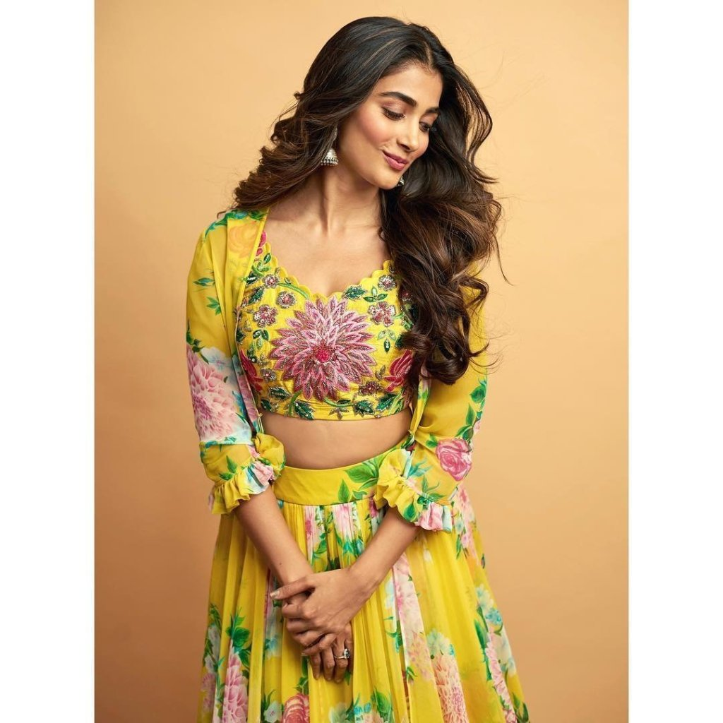 129+ Gorgeous Photos of Pooja Hegde 32