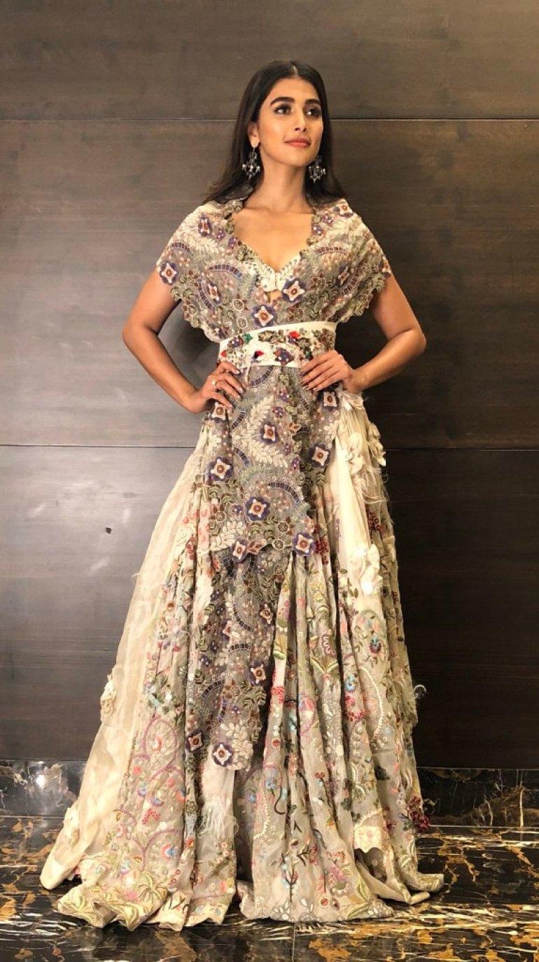 129+ Gorgeous Photos of Pooja Hegde 152