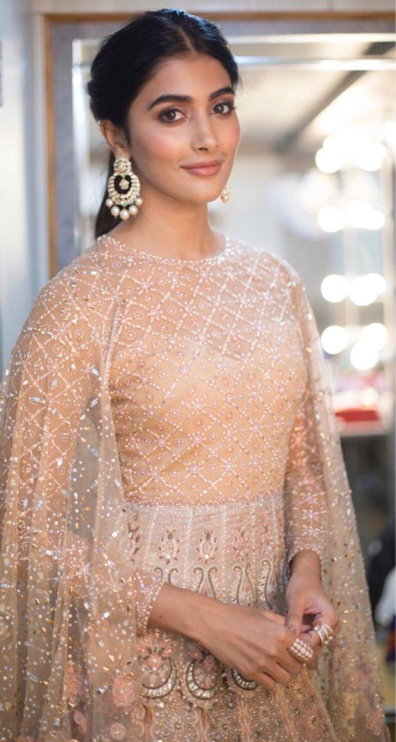 129+ Gorgeous Photos of Pooja Hegde 166