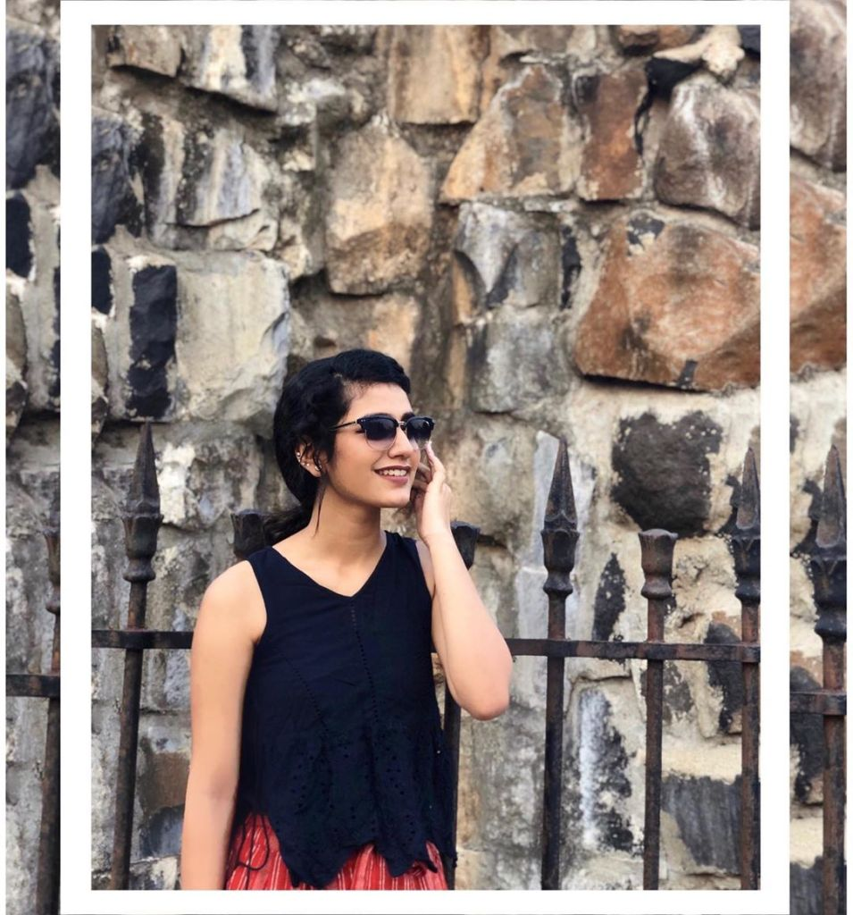 108+ Cute Photos of Priya Prakash Varrier 48