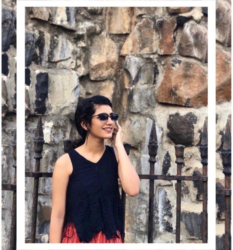 108+ Cute Photos of Priya Prakash Varrier 131