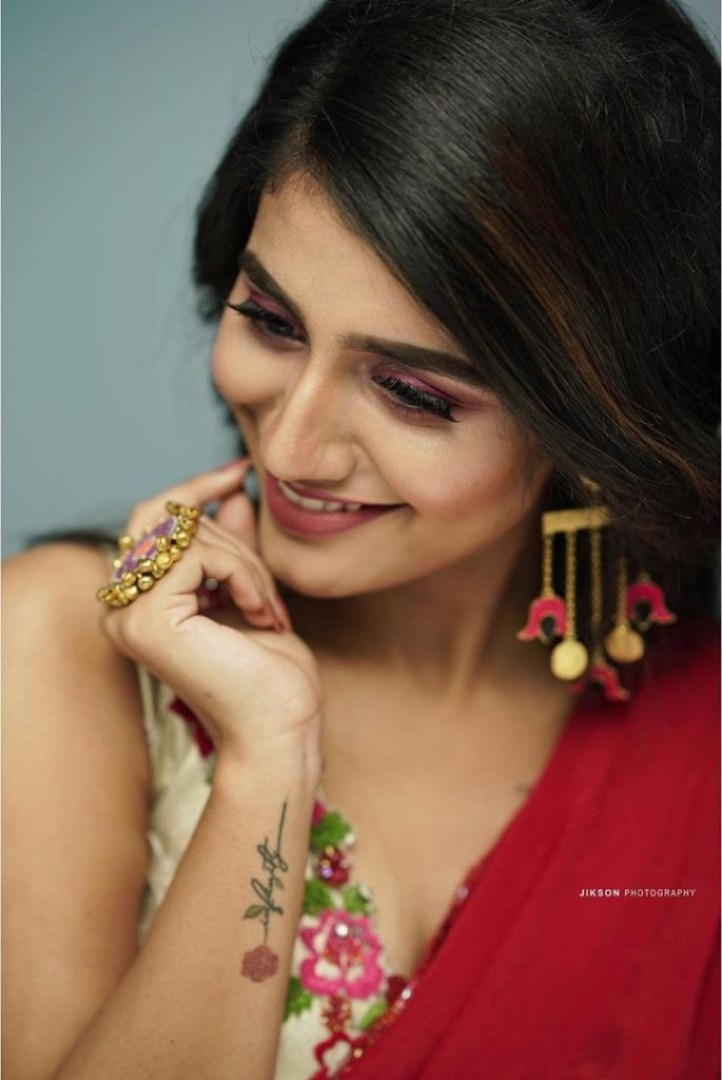 108+ Cute Photos of Priya Prakash Varrier 60