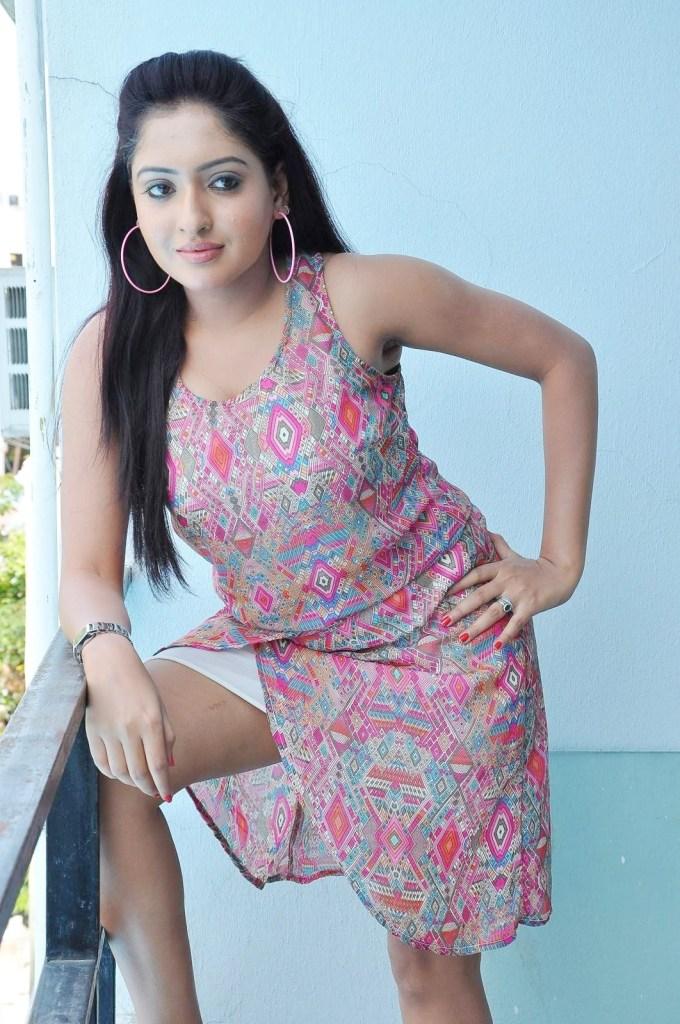 21+ Lovely Photos of Anjana Deshpande 15
