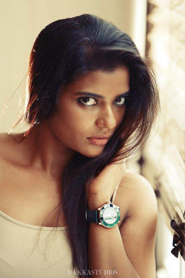 37+ Gorgeous Photos of Aishwarya Rajesh 34