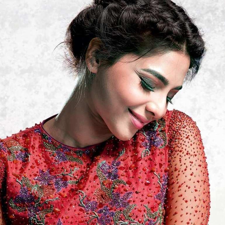 60+ glamorous Photos of Aishwarya Lekshmi 97