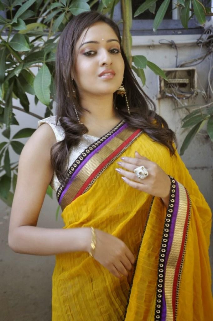 21+ Lovely Photos of Anjana Deshpande 95