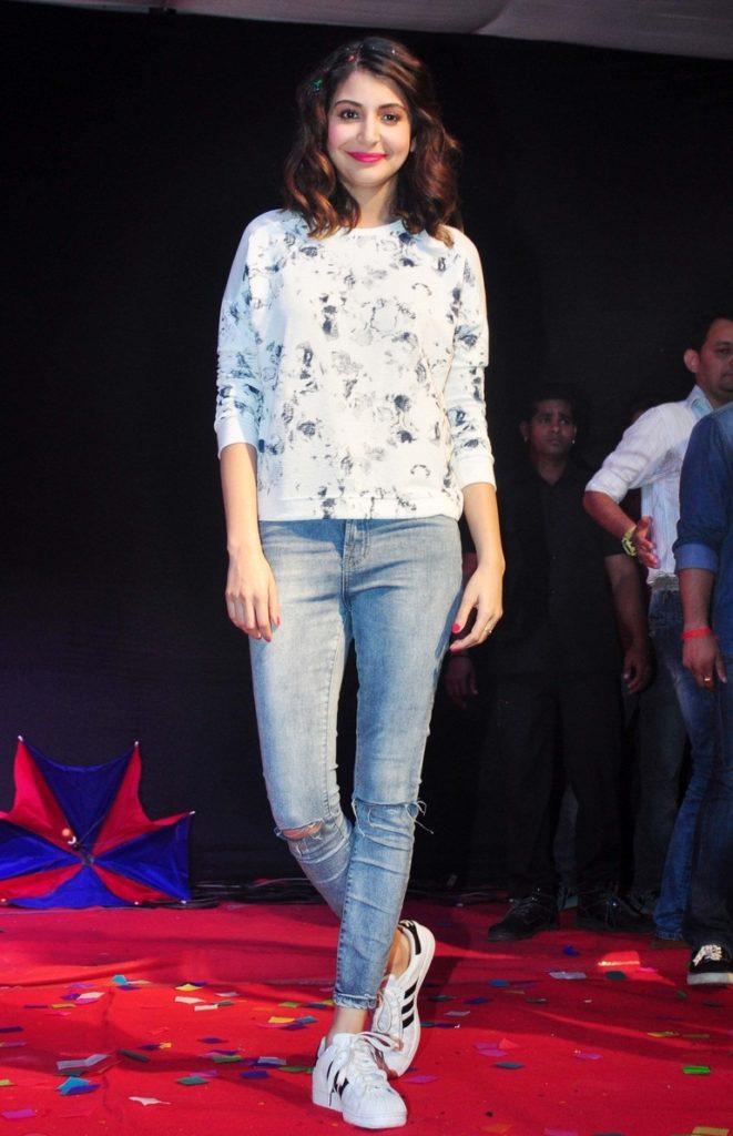 51 Beautiful Photos of Anushka Sharma 125
