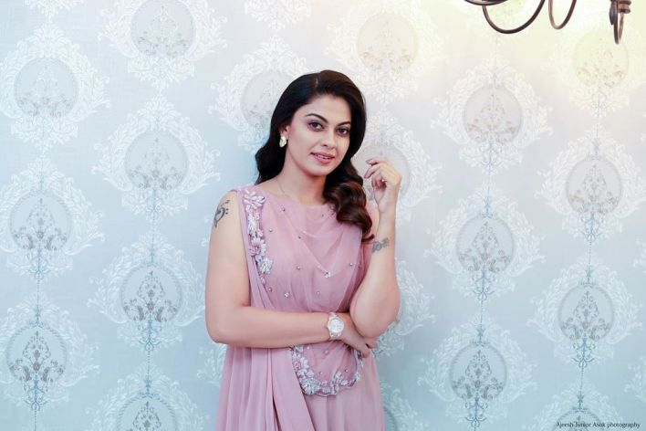 Check out this 89+ HD Photos of Anusree 15