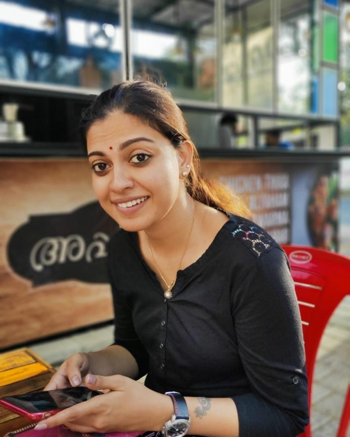 Check out this 89+ HD Photos of Anusree 27