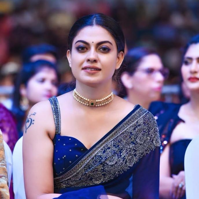 Check out this 89+ HD Photos of Anusree 94