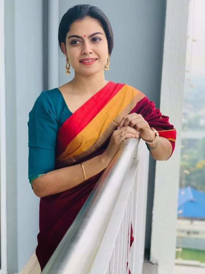 Check out this 89+ HD Photos of Anusree 56