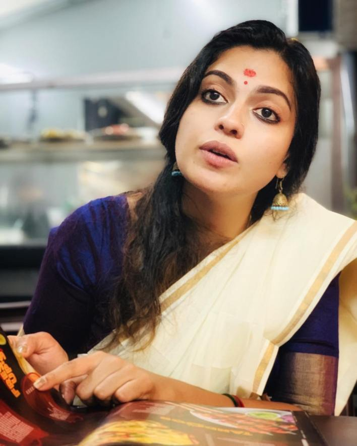 Check out this 89+ HD Photos of Anusree 11