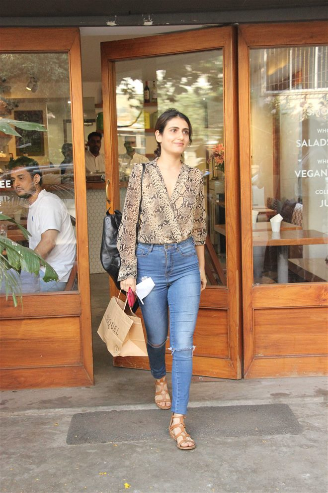 74+ Gorgeous Photos of Fathima Sana Shaikh 136