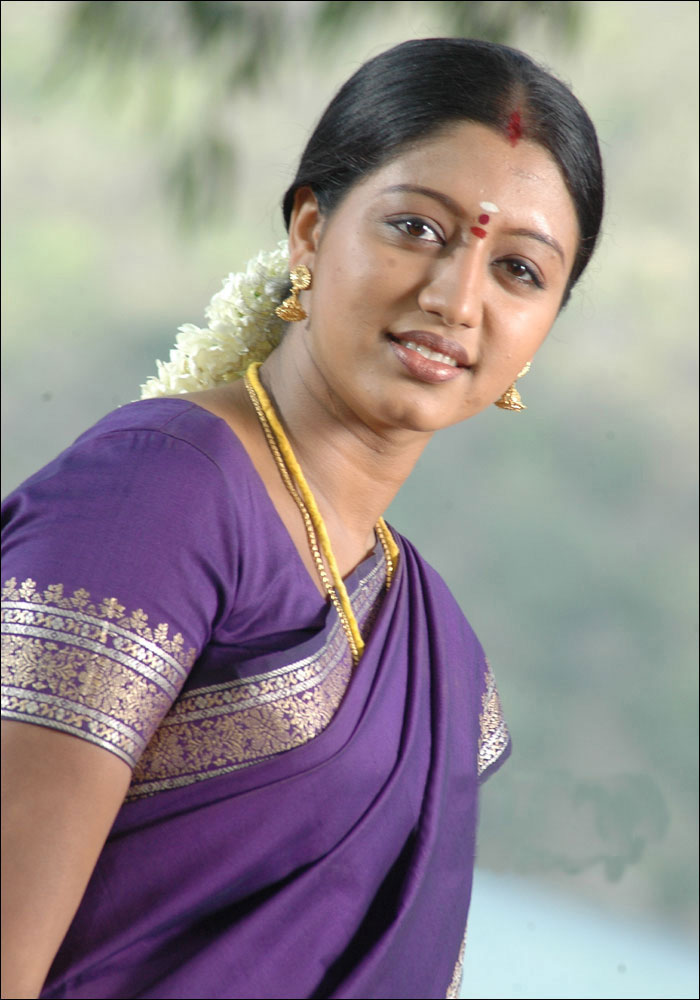 43+ Cute Photos of Gopika 12