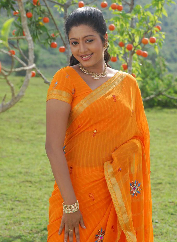 43+ Cute Photos of Gopika 25