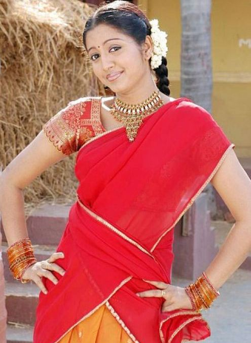 43+ Cute Photos of Gopika 41