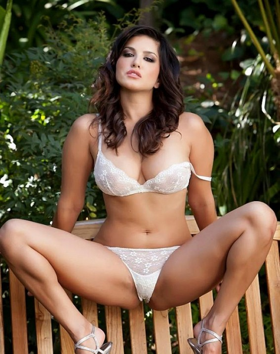 42 HD Photos of Sunny Leone you will Love 3