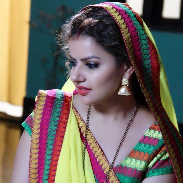 54+ Beautiful Photos of Madhu Sharma 98