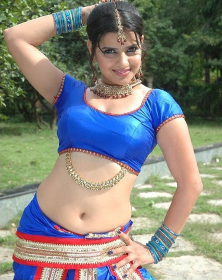 54+ Beautiful Photos of Madhu Sharma 35