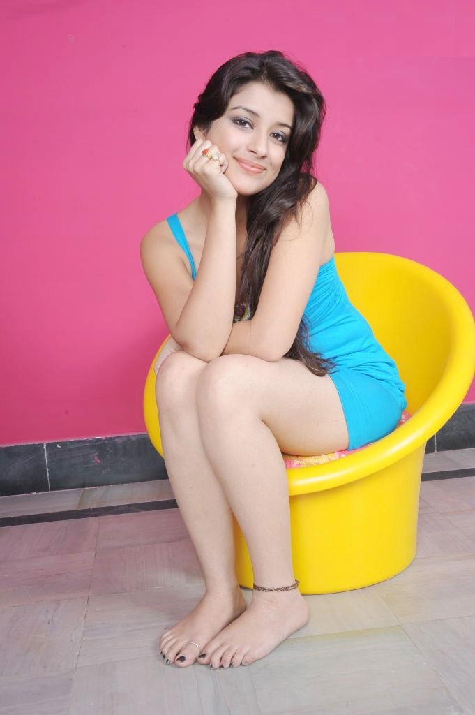 49+ Gorgeous Photos of Nyra Banerjee 128