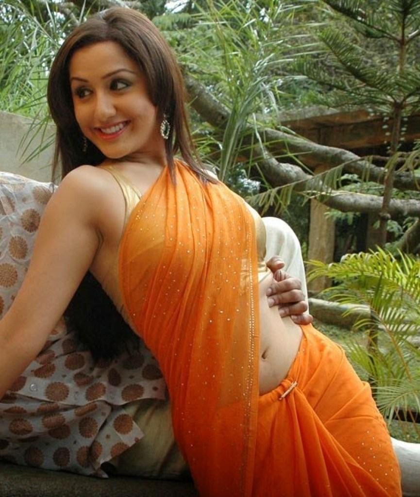 29+ Beautiful Photos of Mallika Kapoor 7