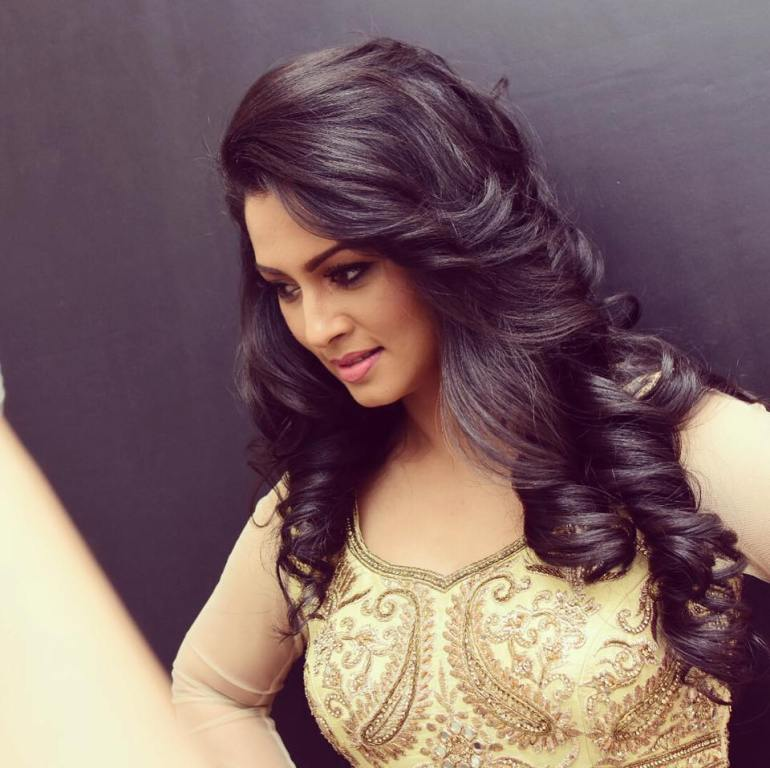 20+ Beautiful Photos of Pooja Umashankar 100