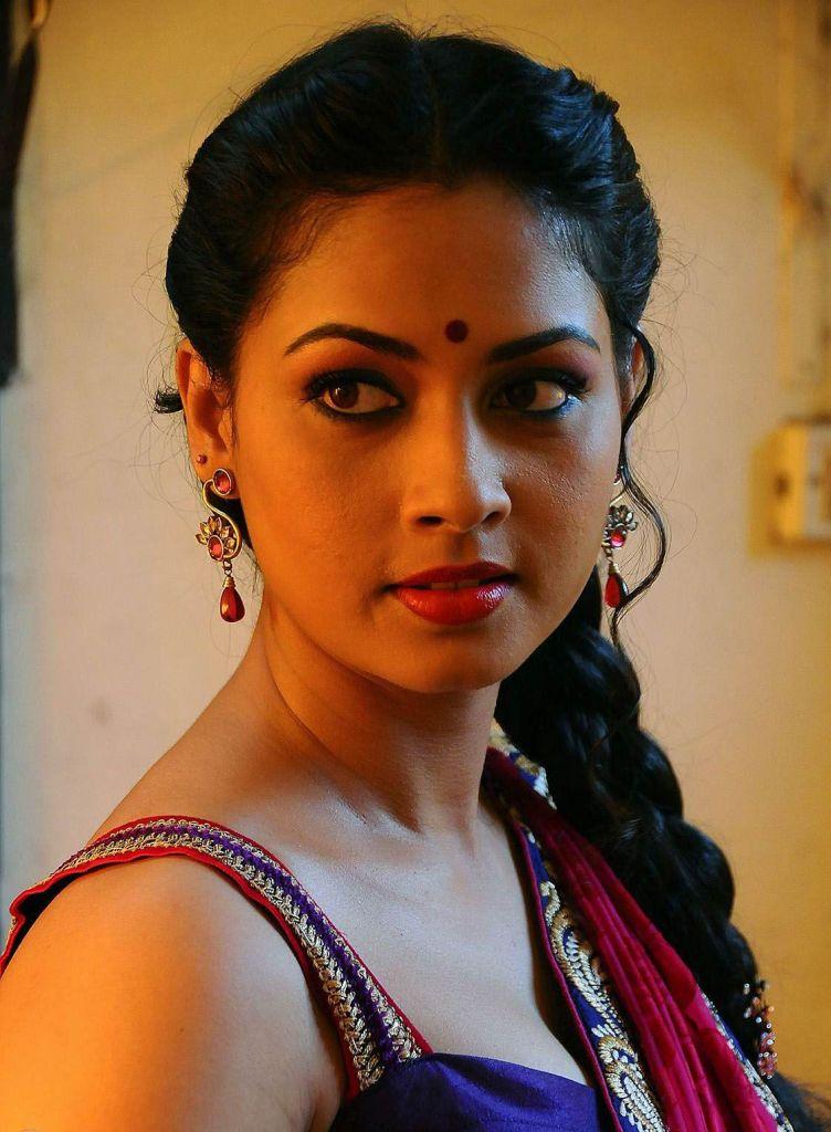 20+ Beautiful Photos of Pooja Umashankar 103