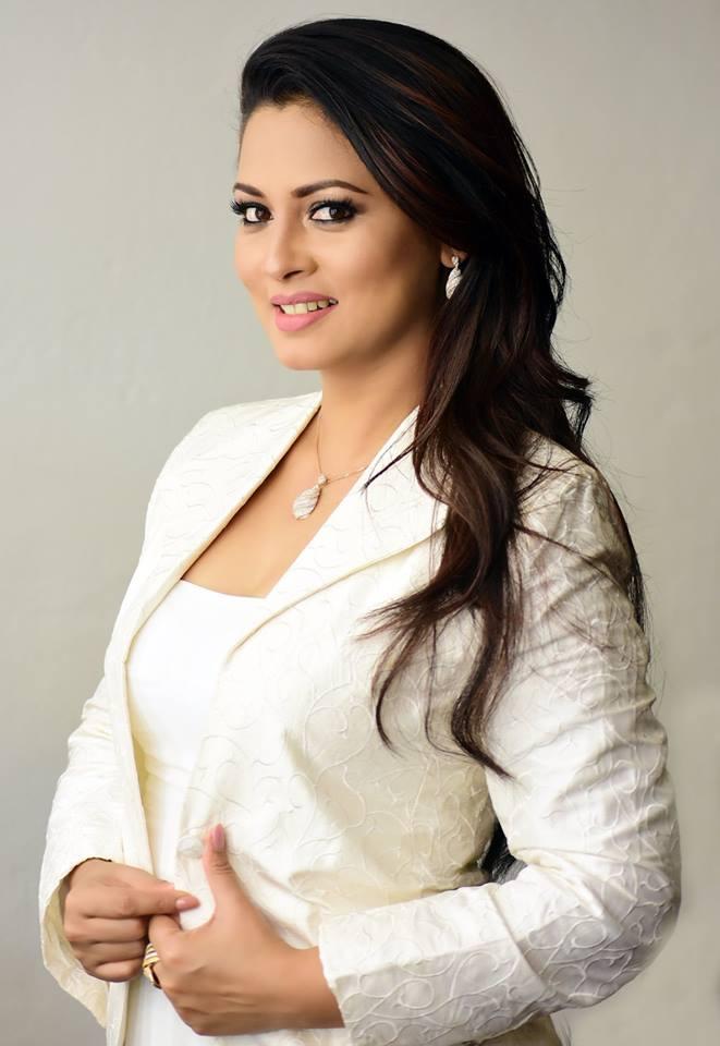 20+ Beautiful Photos of Pooja Umashankar 99