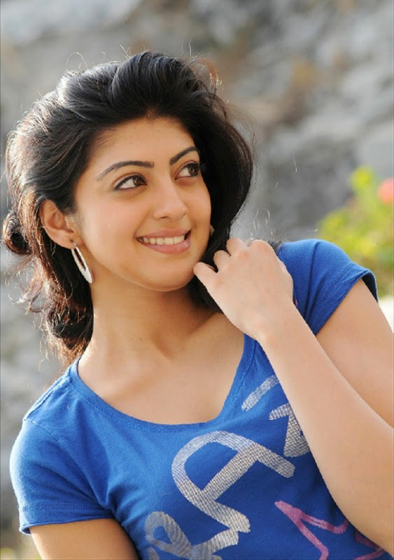 38+ Lovely Photos of Pranitha Subhash 113