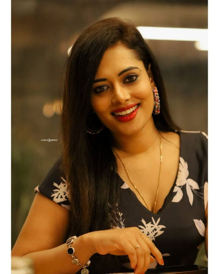 46+ Gorgeous Photos of Remya panicker 25