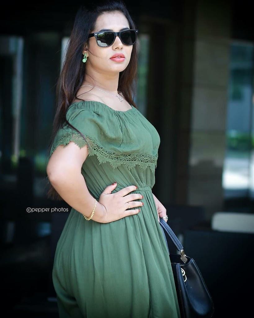 46+ Gorgeous Photos of Remya panicker 8