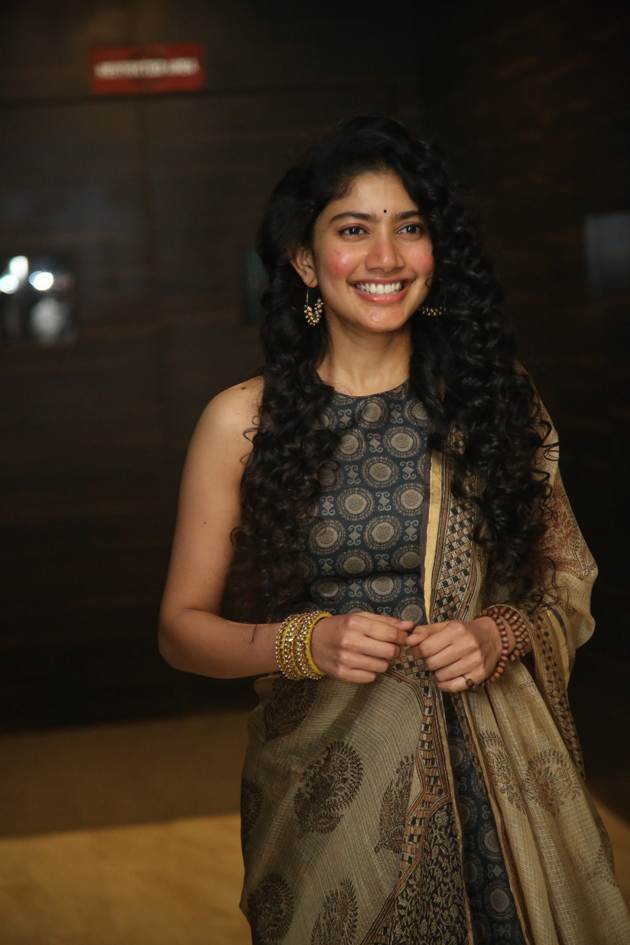 54+ Cute Photos of Sai Pallavi 35