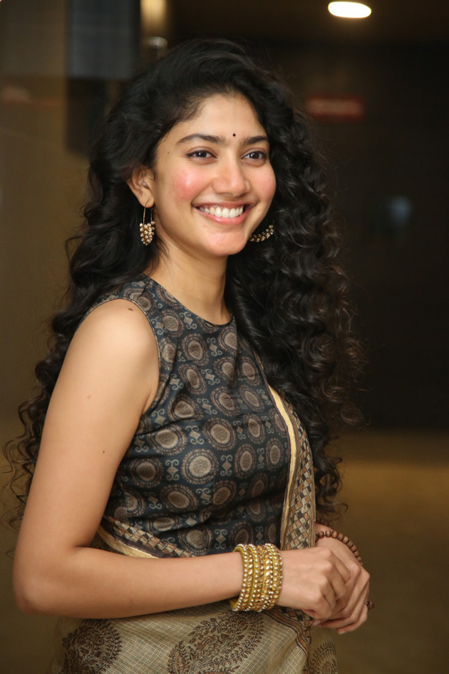 54+ Cute Photos of Sai Pallavi 37