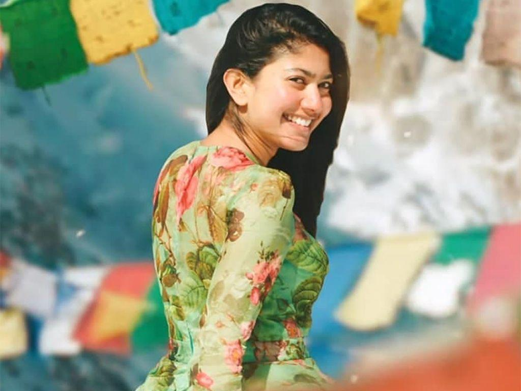 54+ Cute Photos of Sai Pallavi 55