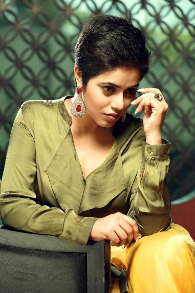 35+ Beautiful Photos of Shamna Kasim 14