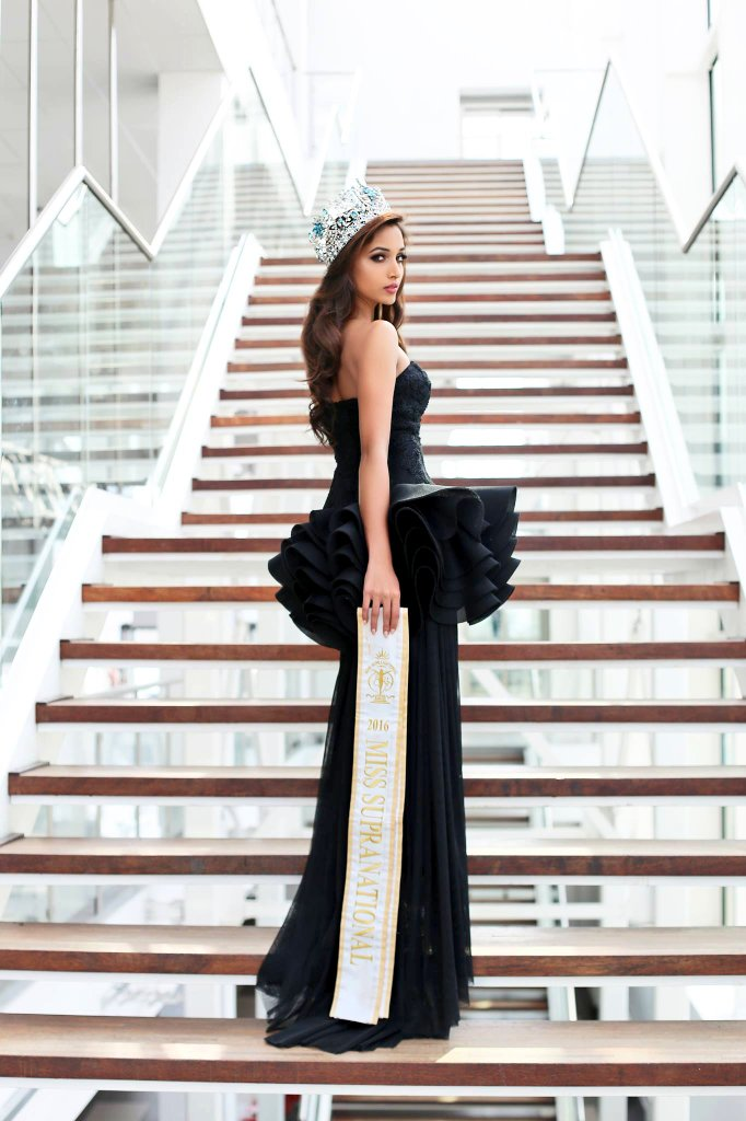 112+ Beautiful photos of Srinidhi Shetty 11