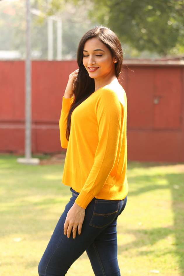 112+ Beautiful photos of Srinidhi Shetty 67