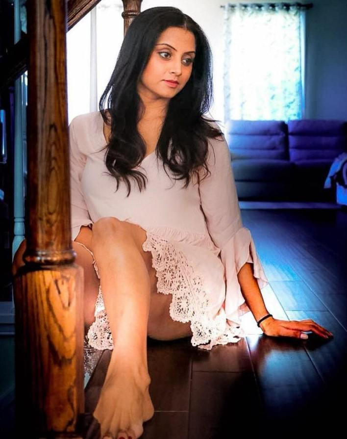 Sunita Varma Beautiful HD Photos 29