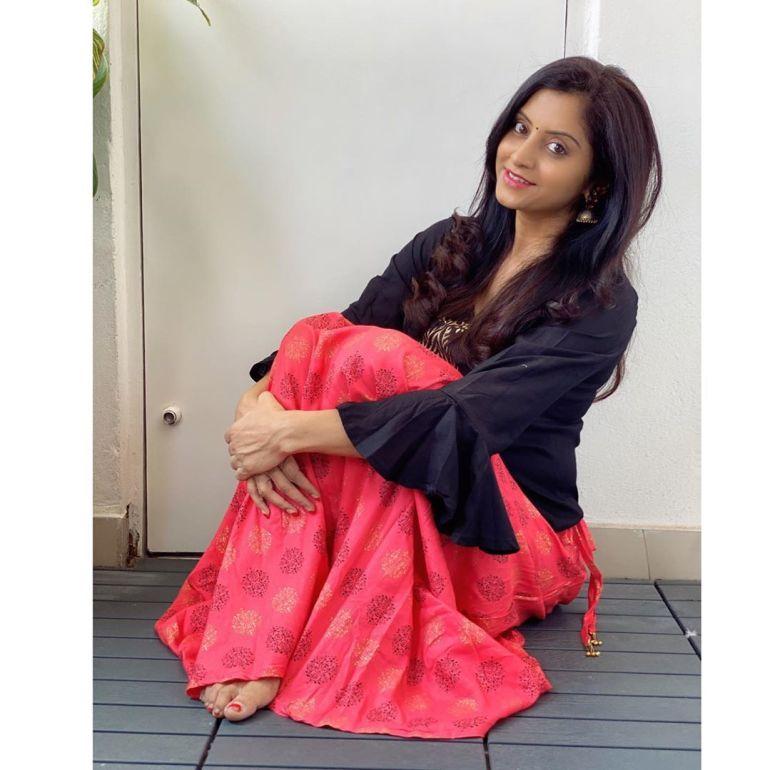 Sunita Varma Beautiful HD Photos 21