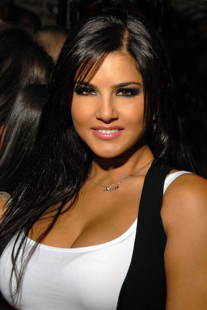 42 HD Photos of Sunny Leone you will Love 28